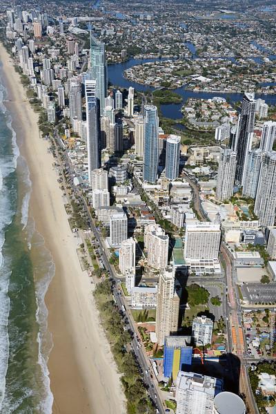 84 Esplanade, Surfers Paradise__27.jpg