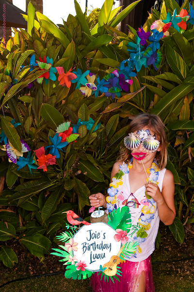 Joie's Birthday Luau-98.jpg