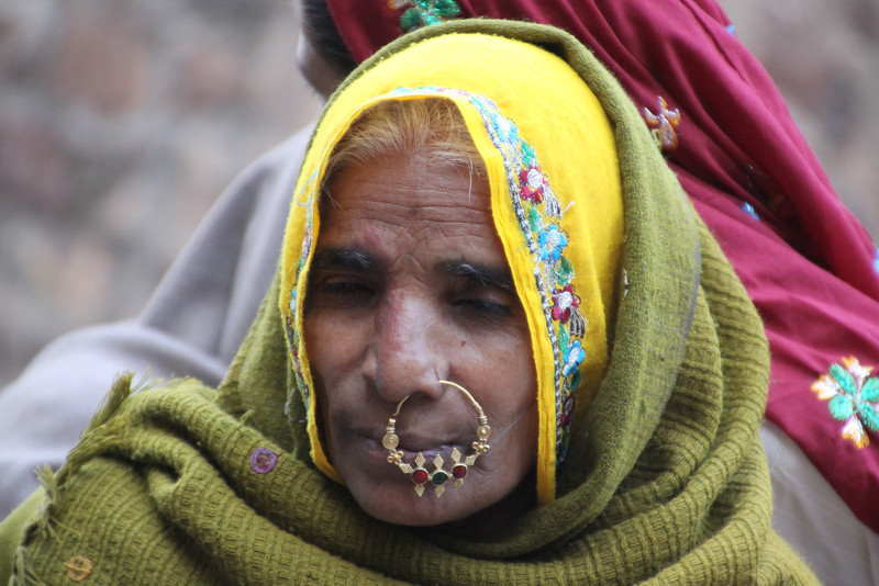 Indian woman with big nose ring