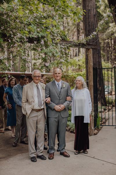 2018-05-12_ROEDER_JulieSeth_Wedding_DUSTIN2_0038.jpg