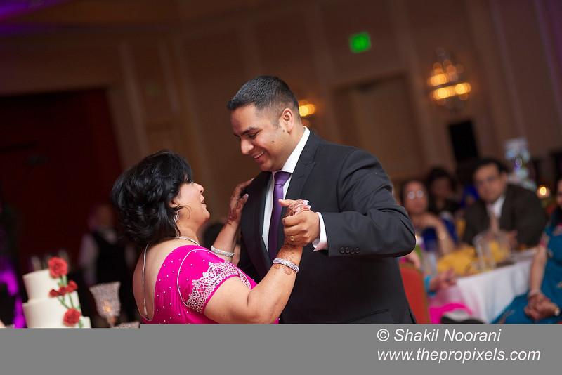 Naziya-Wedding-2013-06-08-02211.JPG