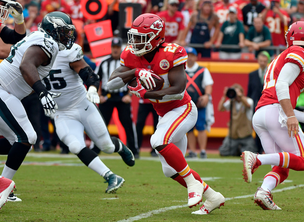 . Kansas City Chiefs running back Kareem Hunt (27) carries the ball during the first half of an NFL football game against the Philadelphia Eagles in Kansas City, Mo., Sunday, Sept. 17, 2017. (AP Photo/Ed Zurga)