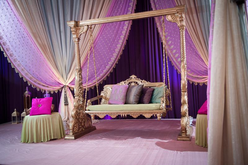 Fiza Wasay Mehndi Belvedere Banquets Maha Designs Wedding Photography -1.jpg