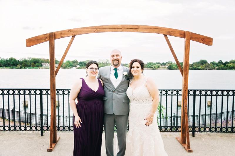 chateau-on-the-river-trenton-michigan-wedding-0324.jpg