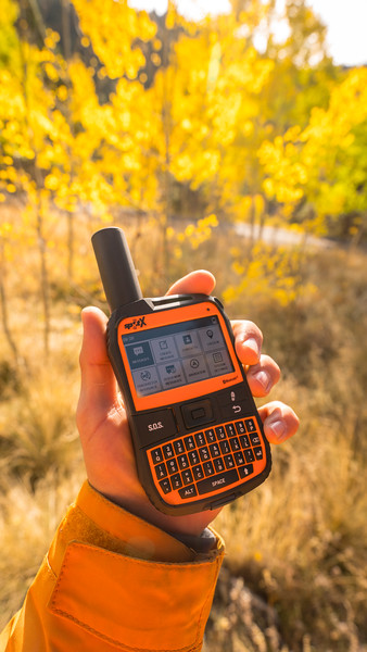 Product Photography | Outdoor Gear | Spot X GPS Device Set Eight