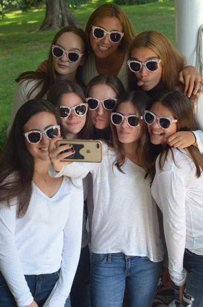 Julia Friend Group Pics - 277 of 308.jpg