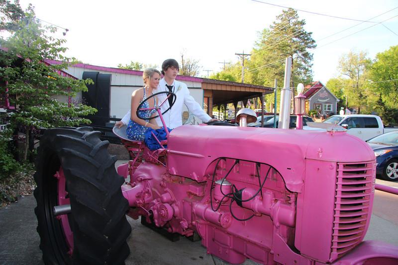 2014 Crittenden County Grand March_1280.JPG