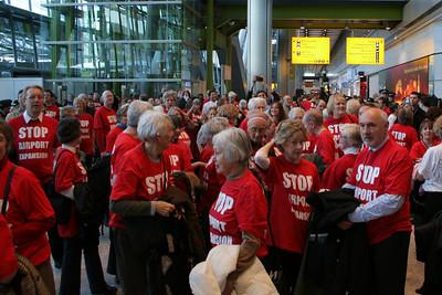 Heathrow Terminal 5 flashmob