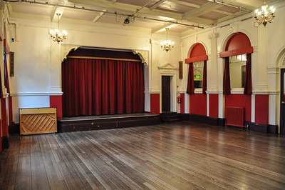 Anniversary Party at Chiswick Town Hall Plan & Photos