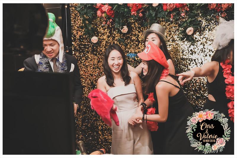 Wedding o Chris & Valerie   © www.SRSLYPhotobooth.sg