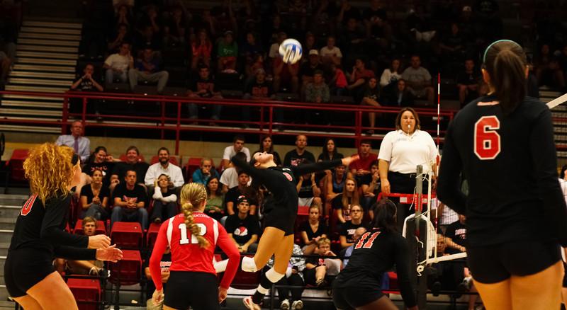 GWU vball vs. WCU 09-20-2011-91.jpg