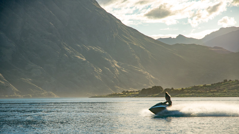jet ski on hawea 2-6.jpg