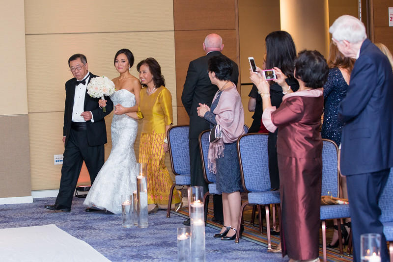Le Cape Weddings - Drew and Lynna Rosemont Convention Schaumburg_-422.jpg