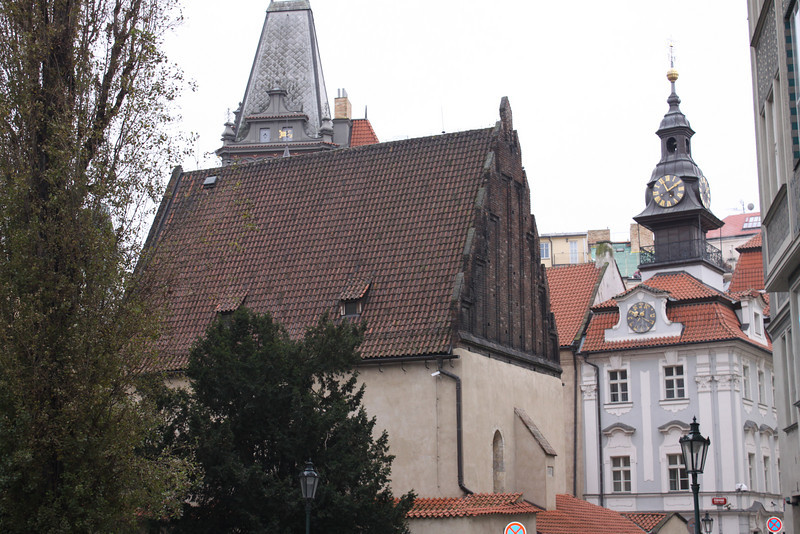Old-New Synagogue  (built 1270, Europe's oldest existing Jewish house of worship)