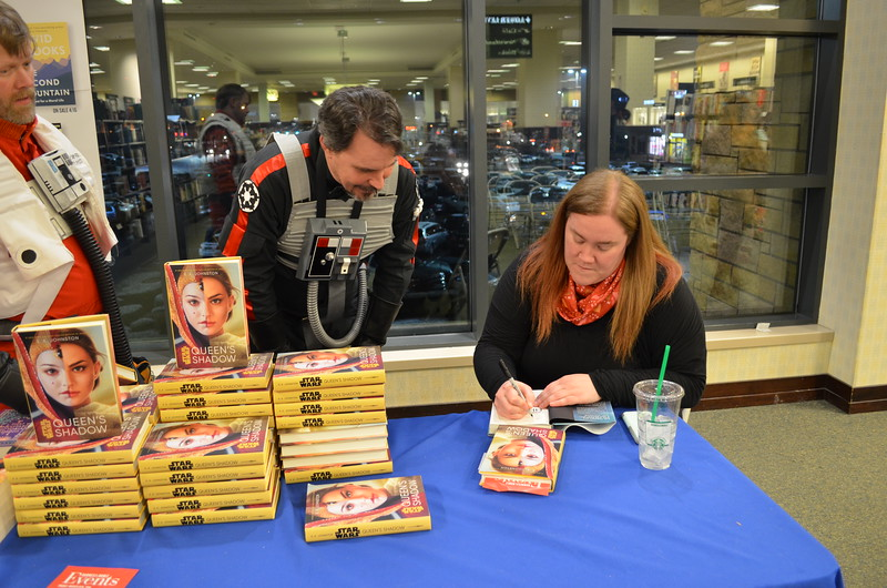 EK Johnston book signing10.JPG