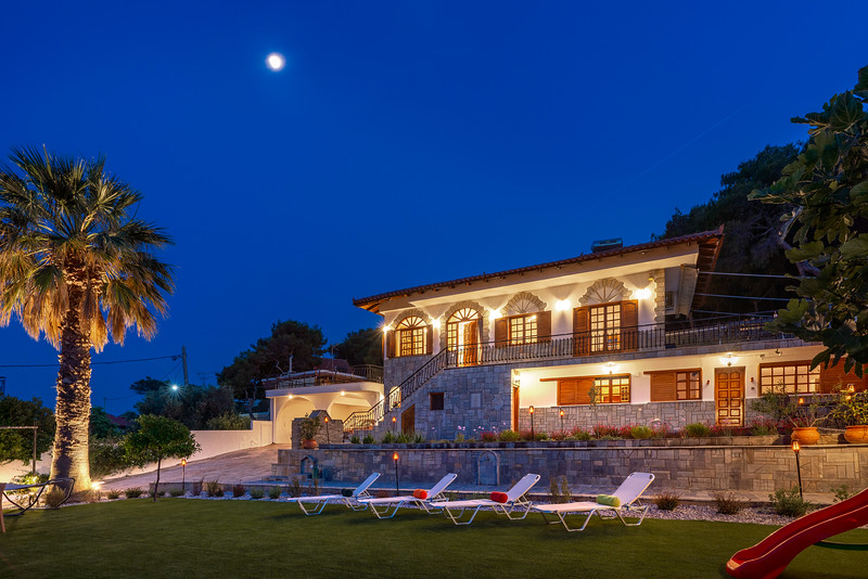 LUXURY VILLA, Vravrona
