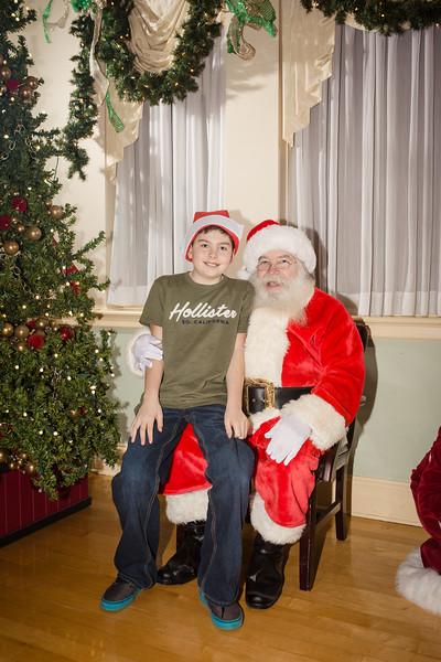 Bernardo Christmas 2016 238.jpg