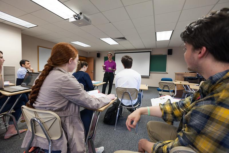 Gustavo Fares Classroom-60.jpg