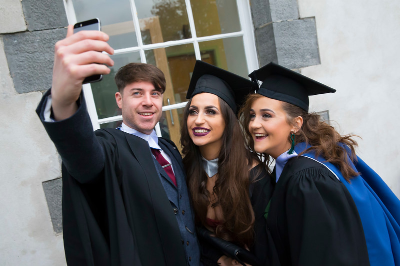 31/10/2018. Waterford Institute of Technology (WIT) Conferring Ceremonies 2018. Pictured are Rachel Kent Mullinavat, Co. Kilkenny, Shane Donovan Dungarvan, Co. Waterford and Rebecca Hallahan Clonmel, Co. Tipperary. Picture: Patrick Browne