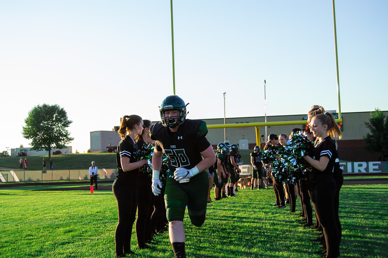 CNP_FOOTBALL_VS_LITCHFIELD-14.JPG