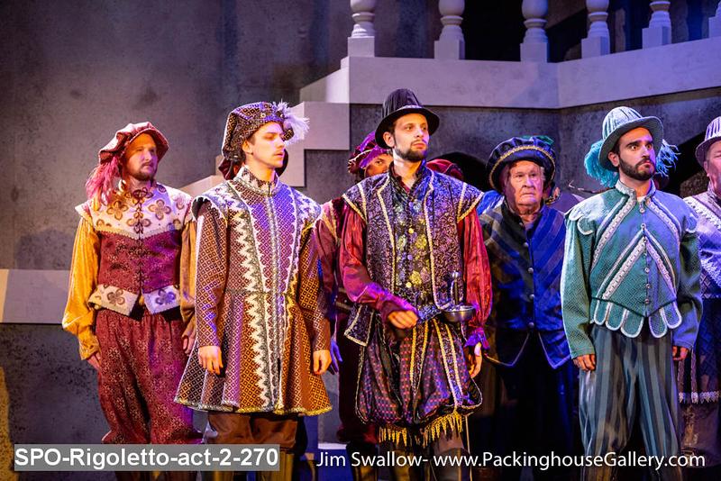 SPO-Rigoletto-act-2-270.jpg