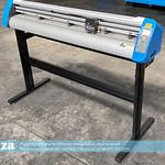 SKU: V3-1360,  AM.CO.ZA® V-Smart™+Plus Automatic Contour Cutting Vinyl Cutter 1360mm Working Area