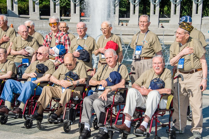 26 Honor Flight Day One_ALAWRENCE_336.jpg