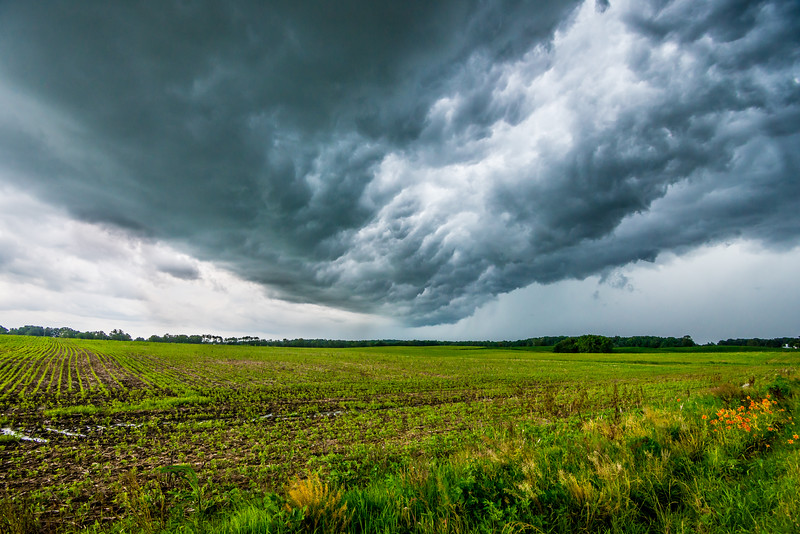 hugestorm.jpg