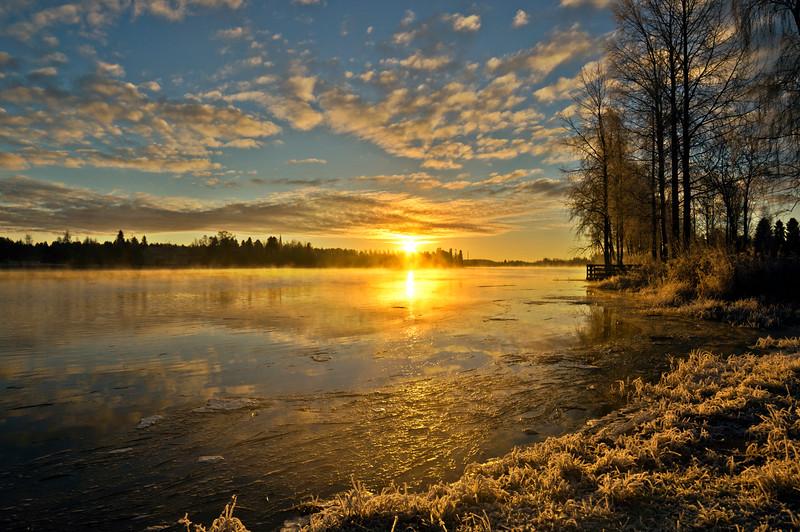 Sunrise over Oulujoki