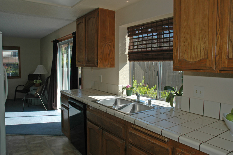 trenchard kitchen 2.jpg