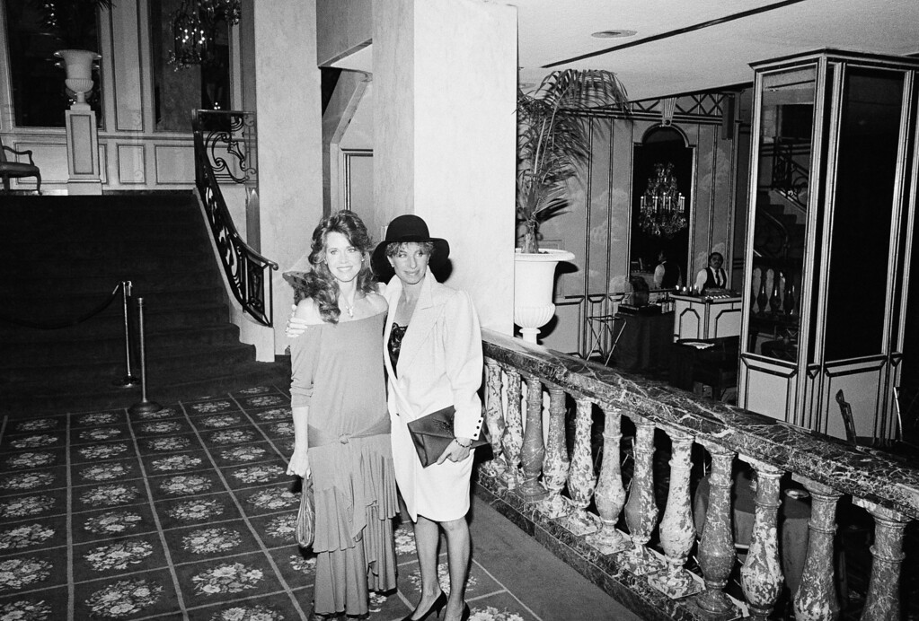 ". Jane Fonda left, and Babra Streisand pause for a moment at the  Beverly Hills Wilshire Hotel June 7, 1984 where Streisand is to be honored in Los Angeles, Calif.    Streisand received the  National Organization for Women\'s 1984 Woman of Courage Award.   The women\'s group said Streisand ""demonstrated unique and unusual courage in the face of insurmountable odds\"" to complete her film \""Yentl.\""    (AP Photo)"