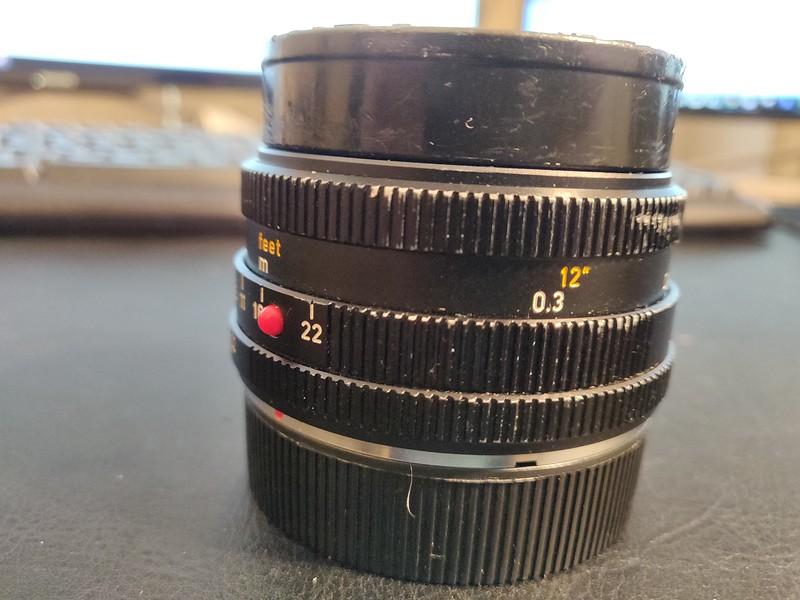 Leica 28mm 2.8 Elmarit-R I - Serial 3271316 002.jpg