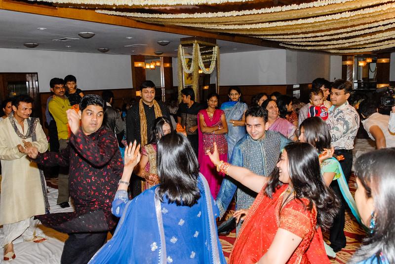 Wedding_Bombay_1206_410-2.jpg