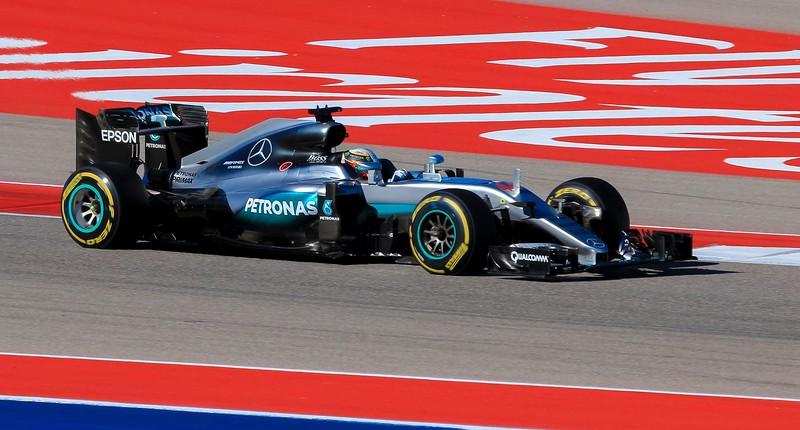 zzzGrand Prix 2016 720A race winner Lewis Hamilton-720 small.jpg