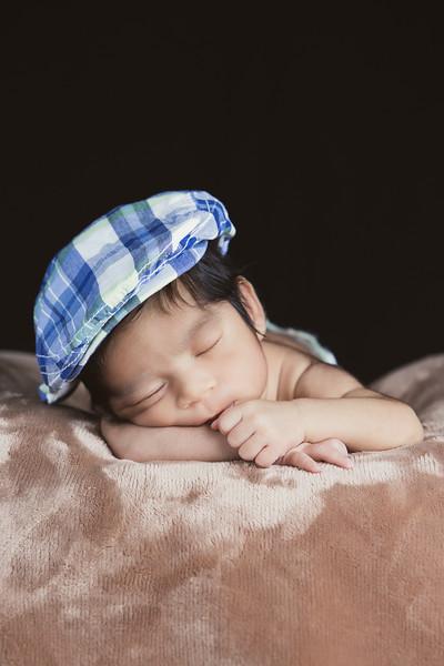 baby-ayden-new-born-portrait_0009.jpg
