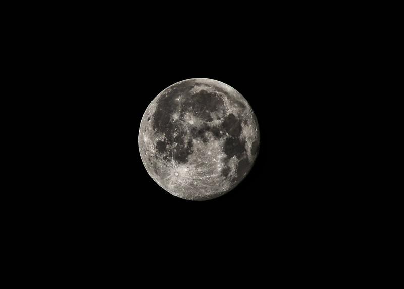 NEA_6986-7x5-Moon.jpg