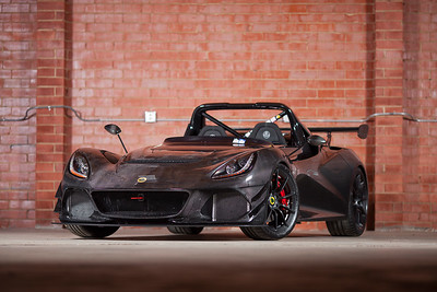 Sports Car Digest Lotus 3 Eleven, Porsche 996 Turbo, and Land Rover Defender 90 Photoshoot - 8/10/19