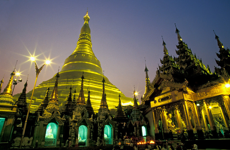 Nighttime Picture of Shwedagon Paya in Rangoon, Burma (Myanmar)