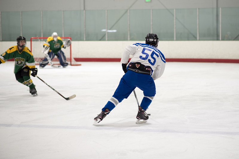 Howard Ice Hockey-185.jpg