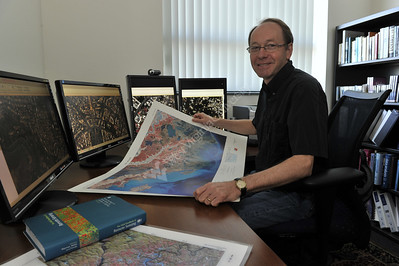 28935 Fulbright Professor Tim Warner