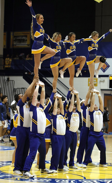 _MG_7490-Cheerleaders.jpg