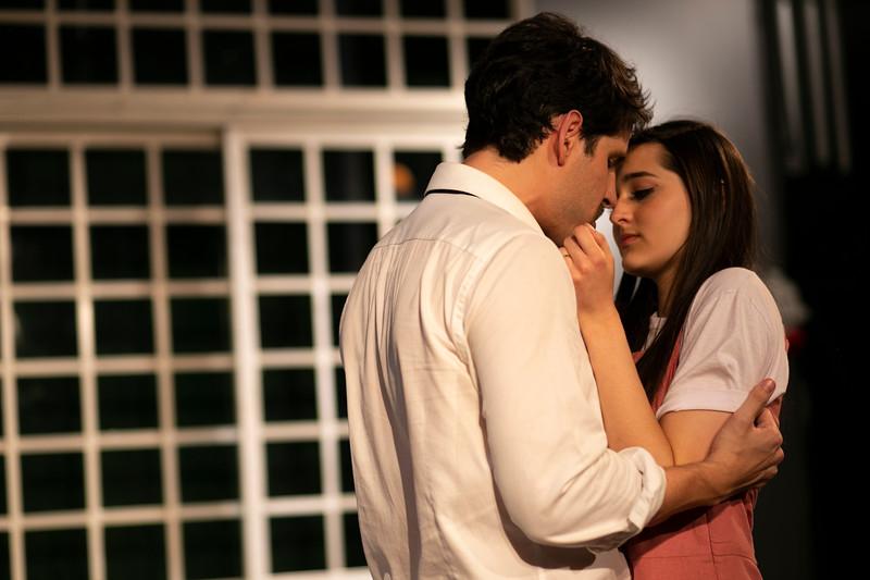 Allan Bravos - Celia Helena - O Beijo no Asfalto-358.jpg