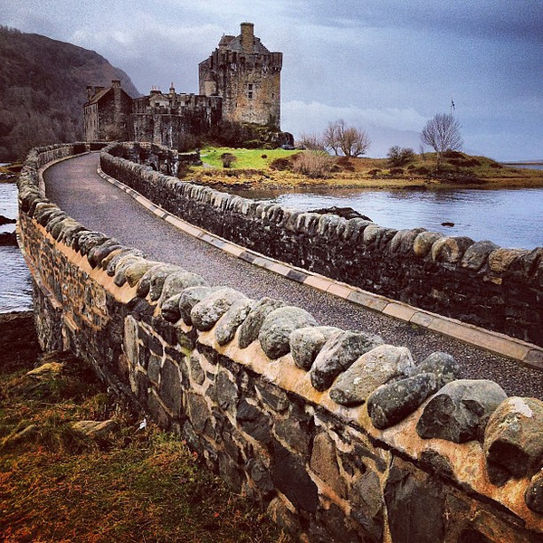 Eilean Donan Castle, Scottish highland loveliness...and an official population of 1. #Scotland #blogmanay