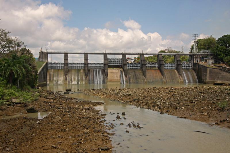 Miraflores dam,  Miraflores Locks, Panama Canal