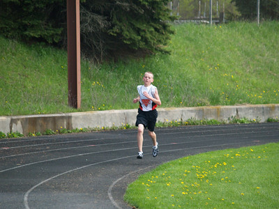7th and 8th Grade Coed Track -  5/5/2007 Fruitport HH