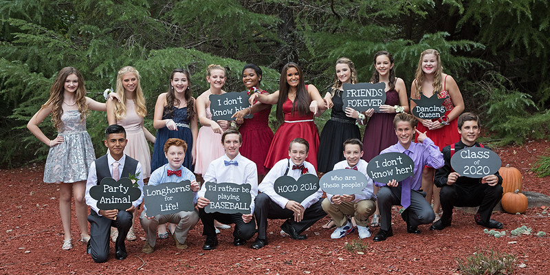 20161015-022A2659-1 Freshman Homecoming group LR.jpg