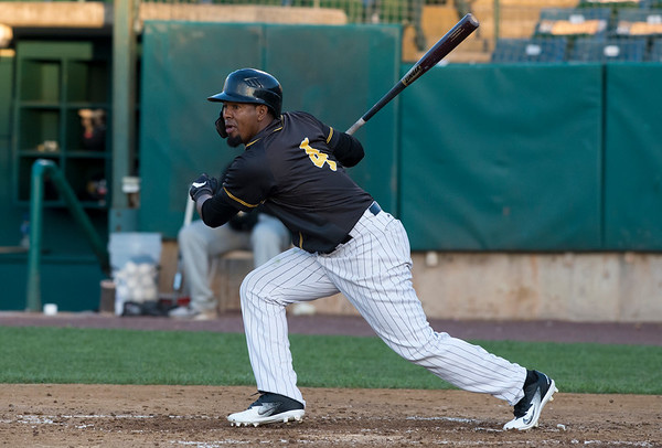 09/03/19 Wesley Bunnell | StaffrrThe New Britain Bees defeated the Somerset Patriots 7-6 in the bottom of the 8th on what was scheduled to be a 7 inning first game of a doubleheader. Rando Moreno (4).