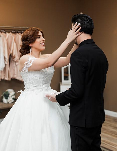 Alexandria Vail Photography Wedgewood Fresno Wedding Alexis   Dezmen217.jpg
