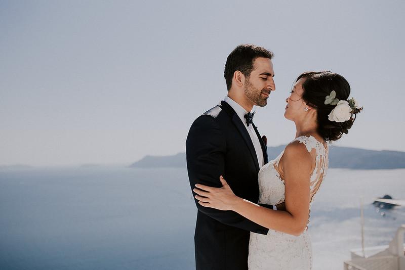 Tu-Nguyen-Destination-Wedding-Photographer-Santorini-Rocabella-Hotel-Euna-Ehsan-215.jpg