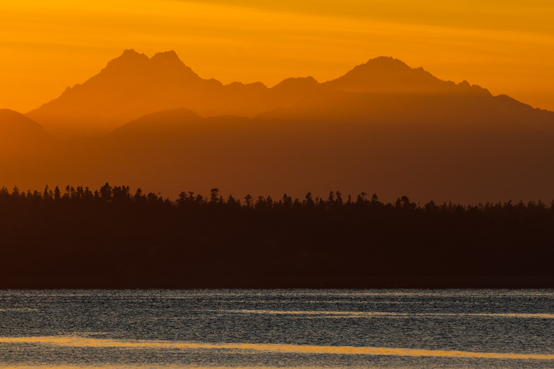 Sunset on the Olympic Mountains of Washington and Puget Sound